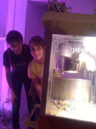 Popcornmaskin på företagsfest.
