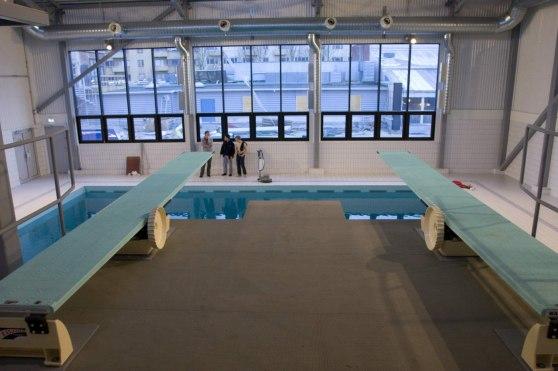Installation i simhoppshallen på Aq-Va-Kul i Malmö. Utrustningen består av två stycken Durafirm-underreden och två Duramaxiflex sviktar.