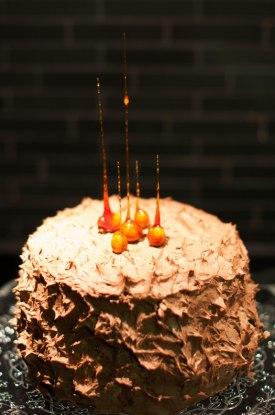 Taggig chokladtårta.