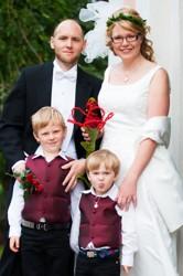 Det är inte alltid uppskattat att vara bröllopsfotograf!