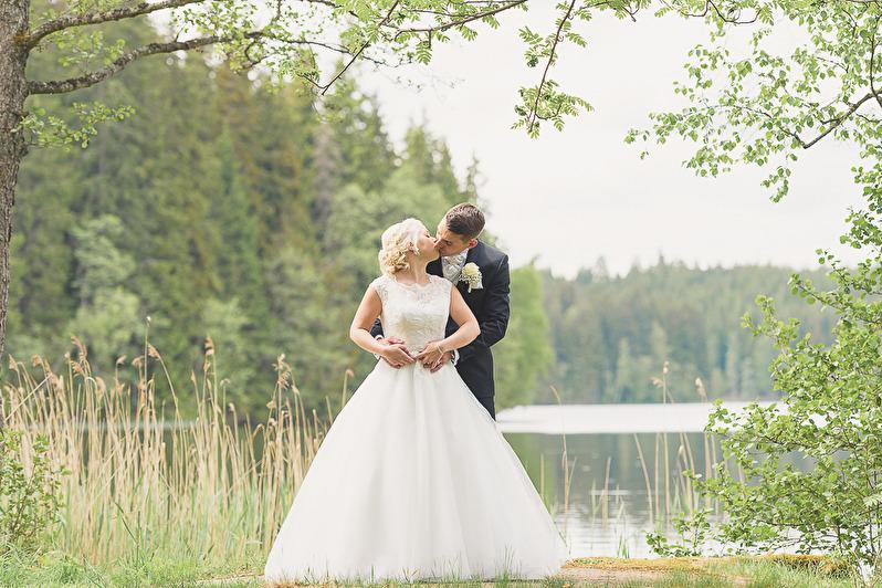 Klicka på bilden för att komma till fler bilder från Helena och Dragos bröllop
