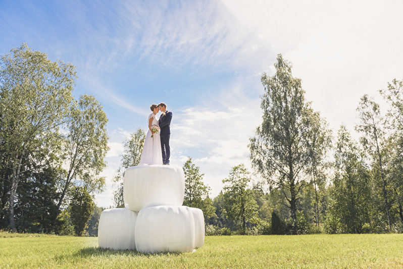 Bröllopsfotografering Vaggeryd, svenarums kyrka