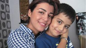 Kimia och Taymaz. Arkivfoto: Caroline Karlsson / Sveriges Radio    Sex och ett halvt år efter bortförandet till Iran fälls nu Taymaz pappa för grov egenmäktighet med barn.