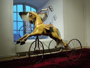 Viktoriansk gunghäst som Trehjuling