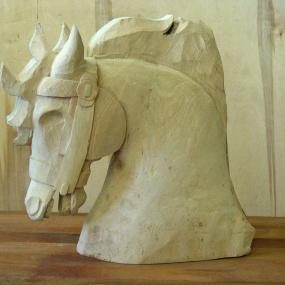 Huvud till karusellhästar