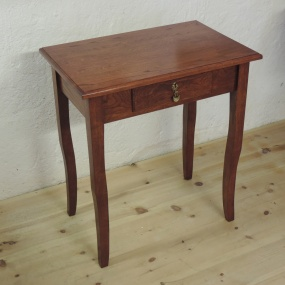 Litet bord - Specialbeställning, massiv ek från Axtorna. 65 cm x 45 cm x 73 cm