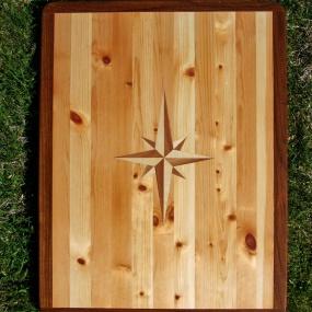 Litet bord med kompass