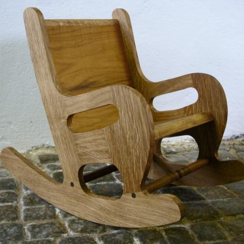 Trähantverkare & möbelsnickare med möbelrillverkning i ädelträ på beställning