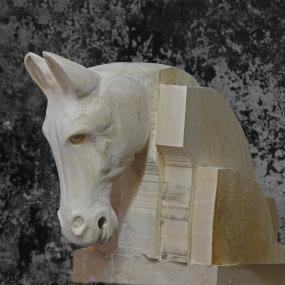 1. Häst
