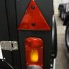 Metallhållare med rektangulär belysning i - Metallhållare Svart Högersida