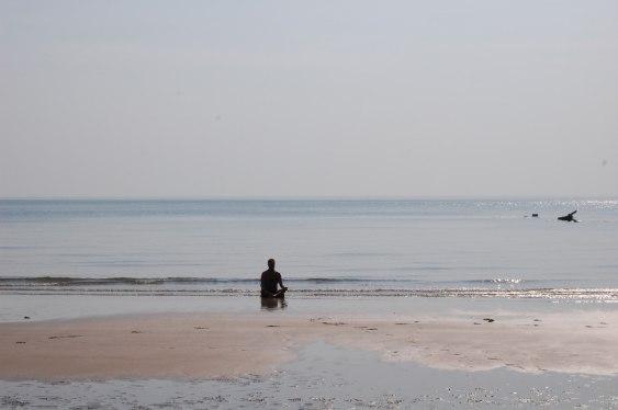 Sittande meditation på Koh Lanta Thailand