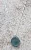 Bluish halsband