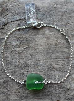 Greenish armband