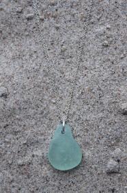 Pear halsband