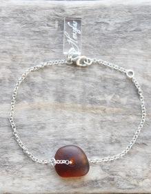 Maroon armband