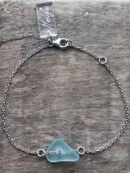 Bluish armband