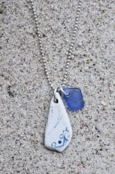 Perfect Match Blue Love halsband