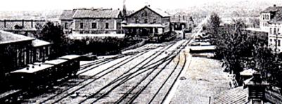 1890-tal. Spårområdet söderut mot lokstallet. (Skövde Stadsmuseum)