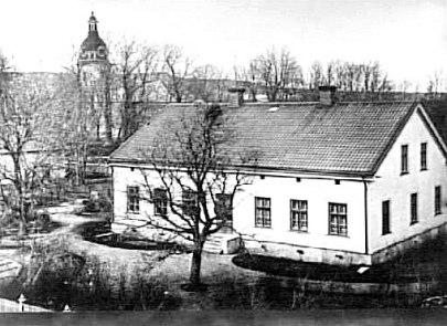 Prostgården i Skövde mitten av 1880-talet. Västergötlands Museum - bildarkivet/bildnummer: B145046:411