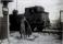Fröken Eliasson gridnvakt Gullhögens spår över Varnhemsvägen