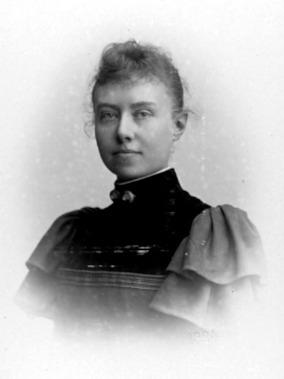 SIGNE HEMBERG, SKÖVDE. Foto Alfred Dahlgren, Uppsala 1894. Hon 34 år.