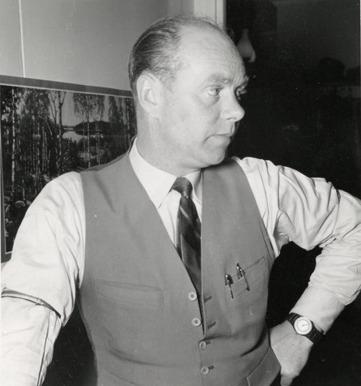 Roland Johansson tidigt 1950-tal. Bild från makan Stina Johanssons album 2014, Gamla Stationen.