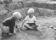 73 småpojkar leker m bilar 1963
