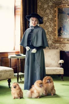 Chanel, Indy och Fame med Grevinnan Blanche Bonde hösten 2013