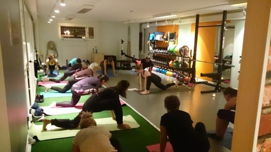 På Uppsala Träningsstudio lade vi förra  veckan extra fokus på återhämtning. På bilden är ett extrainsatt yogapass.