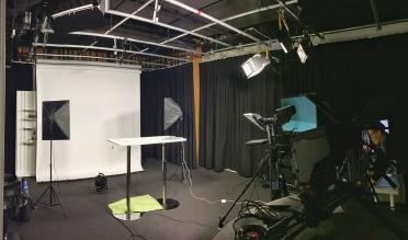 Studion där alla videoinslag spelas in.