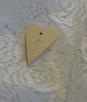 Nr 17 Hjärta i plywood 2,5x4 cm
