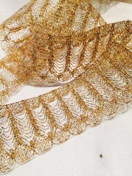 Band, guld med glitter, ca 4 cm bredd -