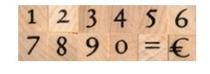 Siffror på träkloss