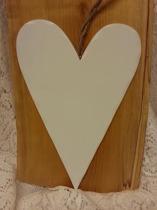 Hjärta vitmålat 17,5x27