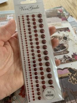 Mörkröda halvpärlor självhäftande -