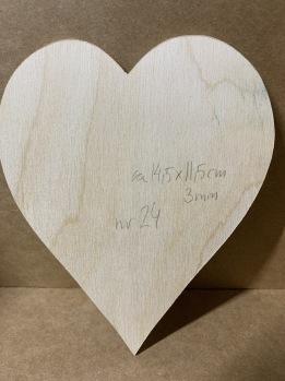 Trä-hjärta nr 24 -