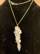 Halsband med kedja