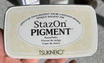 Staz on pigment vit