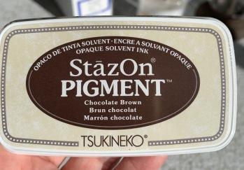 Staz on pigment