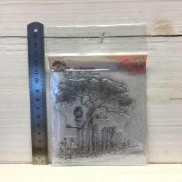 Nellie Snellen - Clear Stamp - IFS008 Tree with fence -