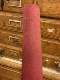 Italienskt crepepapper vinröd nr 362, 90 gram 50 cm x 1,5 m