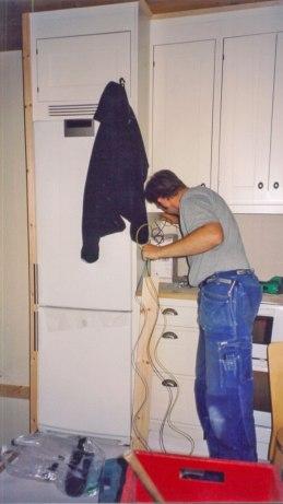 Eldragning i köket.